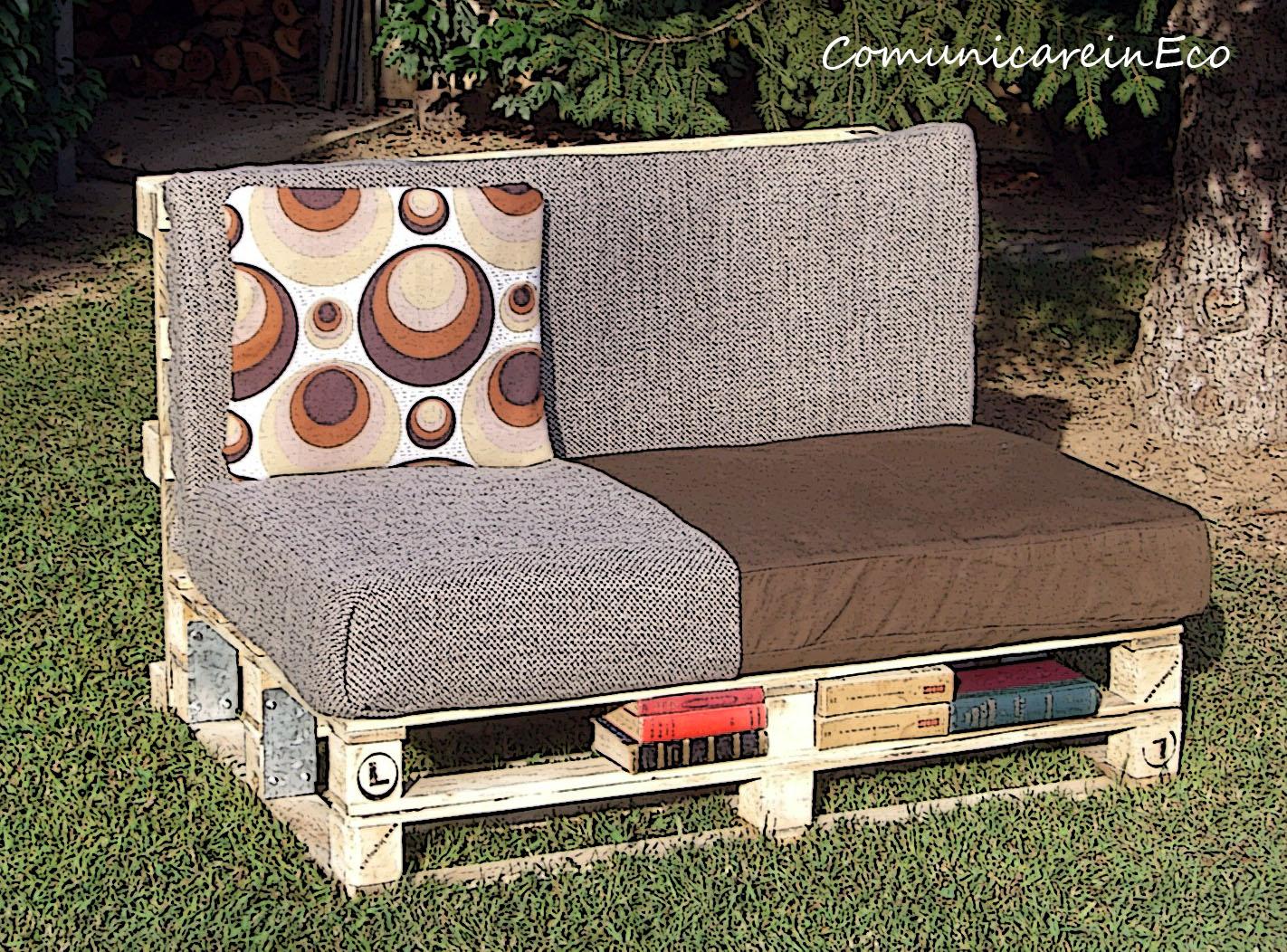 Comunicareinecopallet sofa divano mini library - Divano di pallet ...